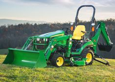 1025R FILB Sub-Compact Utility Tractors Tractors JohnDeere.com - I want one!!
