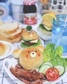 Ball Mason Jars, Pinoy Food, Burger Buns, Home Baking, How To Make Bread, Cute Food, Salmon Burgers, I Foods, Rio