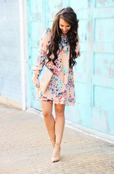7 inspiring Easter outfits with dresses and skirts for women