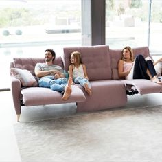 All-rounder couch - A couch that can do everything, depending on your mood. It starts with the selection – discover t - # Sofas, Sofa Couch, Architecture Design, Interior, Mood, Furniture, Home Decor, Round Couch, Reclaimed Wood Picture Frames