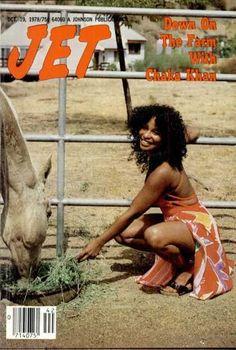 Chaka Khan down on the farm, Jet magazine, October 1978 Jet Magazine, Black Magazine, Afro, Vintage Black Glamour, Vintage Beauty, Black Girls Rock, Black Girl Magic, Black Power, Chaka Khan