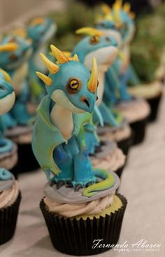 Fernanda Abarca Cakes  | How To Train Your Dragon Cupcakes