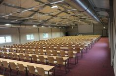 Students learn in mobile lecture theaters Lecture Theatre, Student Learning, Conference Room, Home Decor, Room Decor, Meeting Rooms, Home Interior Design, Decoration Home, Home Improvement