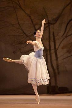 Svetlana Lunkina in Giselle at The Bolshoi Ballet