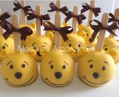 Baby Shower Ideas For Boys Food Desserts Candy Bars 40 Ideas – Baby Shower İdeas 2020 Winnie The Pooh Themes, Winnie The Pooh Birthday, Disney Winnie The Pooh, Baby Disney, Shower Appetizers, Baby Shower Desserts, Disney Candy, Disney Food, Pooh Baby