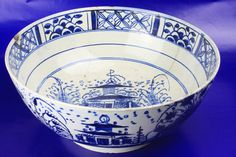 18th Century English Liverpool? Pottery pearlware Bowl Hand Painted Oriental Scene