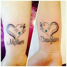Amazing Mother Daughter Tattoos - Tattoo Designs For Women! Mommy Daughter Tattoos, Tattoos For Daughters, Sister Tattoos, Child Tattoos, Great Tattoos, Beautiful Tattoos, Body Art Tattoos, Small Tattoos, Amazing Tattoos