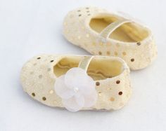Items similar to Baby Shoes - Soft Soled- Goldielocks-Size 1-4 on Etsy