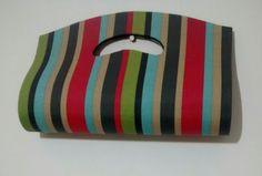 Bolsa de mão colorida