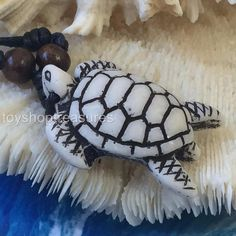 New Tribal Hawaiian Sea Turtle Faux Bone Necklace - Honu Turtle Hawaiian Sea Turtle, Hawaiian Tribal, Sea Turtle Jewelry, Turtle Necklace, Tribal Jewelry, Bones, Jewellery, Detail, Jewelery
