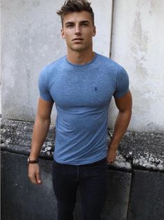 Mens > Tees > The Deora - Blakely Clothing - Taylor Lautner - Men Best Mens Fashion, Mens Fashion Suits, Fashion Fall, Mens Suits, Fashion Ideas, Mode Masculine, Style Casual, Casual Looks, Style Costume Homme