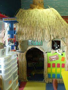 Clutter-Free Classroom: Jungle / Safari Themed Classrooms - looks fun.but I'm sure or fire marshall would nix it! Jungle Theme Classroom, Classroom Themes, Future Classroom, Safari Theme, Jungle Safari, Jungle Nursery, Reading Hut, Handas Surprise, Rainforest Theme