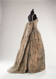Side View Designer: John Cavanagh (British, 1914–2004) Date: 1959 Culture: British Medium: synthetic Dimensions: Length at CB: 62 in. (157.5 cm) Credit Line: Brooklyn Museum Costume Collection at The Metropolitan Museum of Art, Gift of the Brooklyn Museum, 2009; Gift of Herbert Meyer, 1959