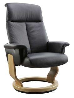Met ons relaxfauteuilconcept Huelva ontwerp je een fauteuil geheel op maat. Als eerste kies je de maat die het beste bij je past. Daarna kies je het model rug en de gewenste functie. Er is een keuze uit diverse comfortverhogende functies zoals gasveerbediening of elektrisch met voetensteun. Als laatste stap kies je uit de uitgebreide …