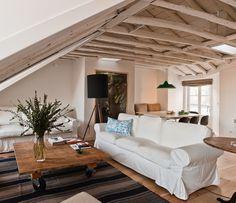 Lisbon apartment for rent, Portugal | Designtripper