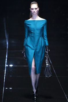 Gucci - www.vogue.co.uk/fashion/autumn-winter-2013/ready-to-wear/gucci/full-length-photos/gallery/936103