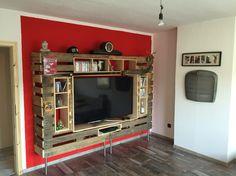 Fernsehe Regal aus Paletten