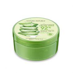 NATURE REPUBLIC SOOTHING & MOISTURE ALOE VERA 92% SOOTHING GEL 300ML. Ce gel est LE Best-seller de la marque Nature Republic, c'est un soin multifonction que vous pourrez utiliser sur votre visage mais aussi sur tout votre corps (même vos cheveux).  Ce gel apaisant est formulé à base de 92% d'extrait d'aloe-vera va pénétrer instantanément dans votre peau et va l'humidifier, l'apaiser, la rafraichir rapidement sans laisser de sensation collante.