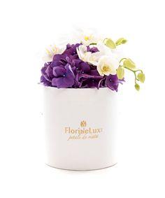 Cutie hortensia si orhidee eleganta, un produs magnific, elegant! Alege azi cele mai speciale cutii cu flori! ☀️☀️  https://www.floridelux.ro/cutie-hortensia-si-orhidee-eleganta.html