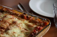 VINBONDENS LASAGNE Pasta, Ethnic Recipes, Food, Lasagna, Meal, Hoods, Eten, Noodles, Ranch Pasta