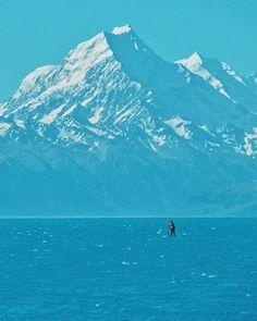 Apa sih warna alam favorit kalian?  Kalau saya suka biru laut oranye senja dan putih salju :) #Catperku #CatperkuInNewZealand #NewZealand #PureNewzealand #throwback
