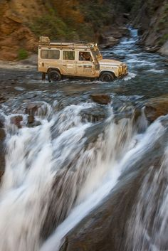 Defender Land Rover JBK LRs