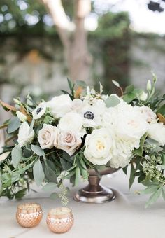 Low centerpiece in compote footed vase. Rose gold, copper, blush wedding at The … wedding centerpieces – Wedding İdeas Short Wedding Centerpieces, Wedding Table Centerpieces, Wedding Flower Arrangements, Floral Centerpieces, Wedding Bouquets, Centerpiece Ideas, Centrepieces, Anemone Wedding, Floral Wedding