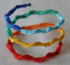 Braccialetto a spirale con eventuale inserimento di perline:)