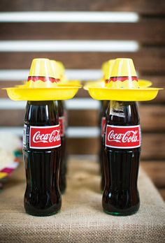 Garrafa de Coca-Cola decorada no tema México