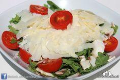 Insalata Del Bosco (rucola, pomodorini ciliegia, funghi freschi, Parmigiano Reggiano) #casinadelbosco#salad #italianfood Seguici: www.facebook.com/casinadelbosco