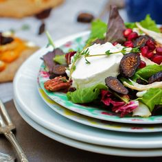 Healthy Thanksgiving Christmas holiday salad recipe with Turkey, Pecans, Pomegranate, dried Figs, Goat Cheese. Paleo, Weight Watchers, South Beah Diet