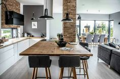 modern kitchen and dining room design modern l shaped kitchen and dining space in shades of grey modern kitchen dining room design Living Room Kitchen, Kitchen Decor, Open Plan Kitchen Dining Living, Sweet Home, L Shaped Kitchen, Minimalist Home Interior, Modern Interior, Scandinavian Interior, Scandinavian Style
