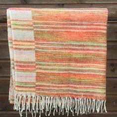 Plaid / kleine deken   Nepal shawls   Kleurrijk Nepal Shawls, Nepal, Plaid Scarf, Blankets, Scarves, How To Wear, Scarfs, Blanket, Cover