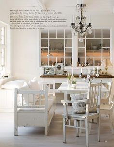 love everything about this dining