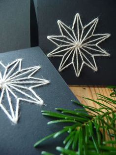 Meine grüne Wiese: Weihnachtsgrüße – Keep up with the times. Paper Embroidery Tutorial, Diy Embroidery Flowers, Hand Embroidery Patterns Free, Christmas Embroidery Patterns, Embroidery Cards, Simple Embroidery, Card Patterns, Christmas Cards To Make, Christmas Greetings