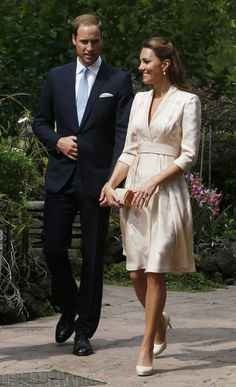 William & Kate - Jenny Packham Floral Kimono Dress - Singapore Botanic Gardens - 11 Sep 2012