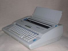 Elektronische Schreibmaschine Triumph-Adler Gabriele 100DS electronic typewriter