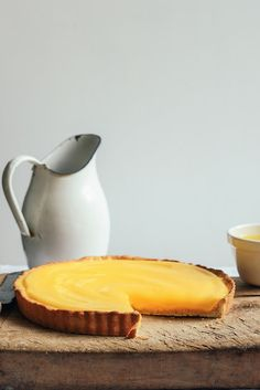 From The Kitchen: Lemon Cheesecake Tart with Lemon Curd