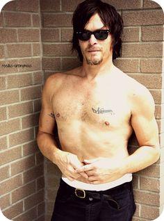 Norman Reedus, the walking dead. Daryl Dixon, Norman Reedus Shirtless, Shirtless Guys, The Walking Dead, Bae, Rick Y, Attractive Men, Man Crush, Perfect Man