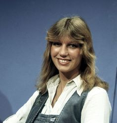 Maggie MacNeal - The Netherlands - Place 5 Eurovision Songs, Netherlands, Claire, Dots, The Nederlands, Stitches, The Netherlands, The Dot, Holland