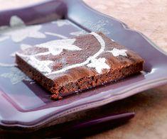 Préparez un succulent fondant au chocolat et à la crème de marron grâce à notre recette. Un dessert très gourmand vous attend.