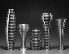 ANDREA BRANZI - vasi in alluminio della serie AMNESIE per la Galleria del Design di Milani (1991)