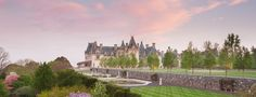 George Vanderbilt created Biltmore® as an escape from everyday life. Explore the grand estate in the Blue Ridge Mountains of Asheville, NC. Need A Vacation, Vacation Spots, Vacation Destinations, Vanderbilt Houses, Houses In America, Biltmore Estate, Italian Garden, Places To Go, Asheville Nc