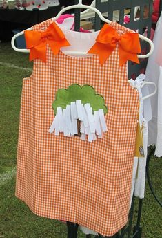 Auburn Toomer's Corner oak tree ribbons orange gingham