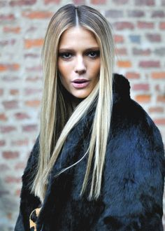 Blonde natural ombre hair color in straight hair