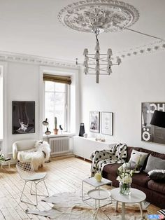 A Fabulous Swedish Apartment In Neutrals - http://www.decorationous.com/home-decoration/a-fabulous-swedish-apartment-in-neutrals.html