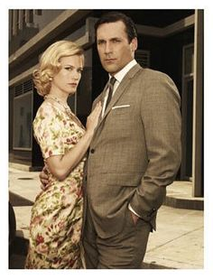Mad Men season four ended when Don Draper (played by Jon Hamm) told his ex-wife Betty (January Jones) that he was engaged to secretary Megan (Jessica Pare), causing the usually unemotive Betty to Don Draper, Betty Draper, Jessica Lee, January Jones, Jon Hamm, Madison Avenue, Men's Style Icons, Mad Men Poster, Men Tv