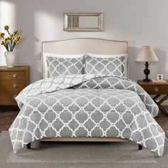 True North by Sleep Philosophy Alston Reversible Plush Comforter Set,... ($80) ❤ liked on Polyvore featuring home, bed & bath, bedding, comforters, grey, grey twin comforter, gray comforter, queen comforter, twin comforter sets and king comforter sets