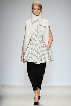 Fall 2014 Ready-to-Wear - Véronique Leroy