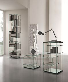 Open freestanding double-sided crystal bookcase LIBER B by Tonelli Design